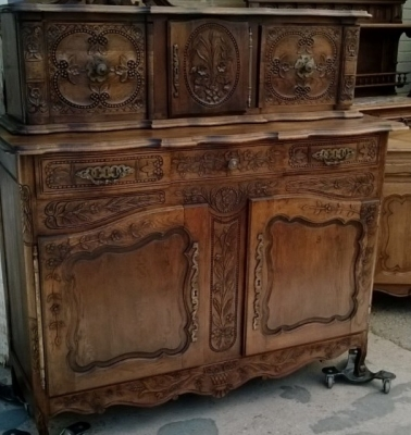 14E01011 FRENCH SERVER WITH BREAD BOX FINELY CARVED (3).jpg