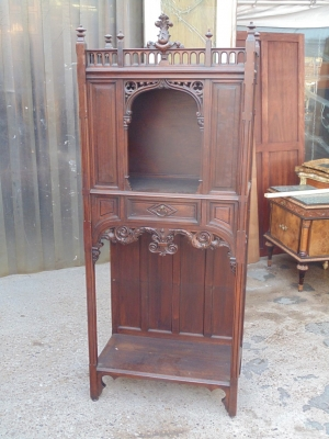 14B04001 GOTHIC ALTER CABINET (2)