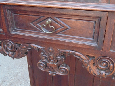 14B04001 GOTHIC ALTER CABINET (3)