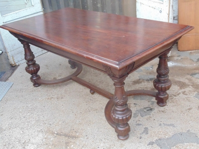 14B04002 RENAISSANCE REVIVAL LIBRARY TABLE  (4)
