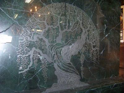 13A21300 Tree of Life Glass Sculpture  (4).JPG