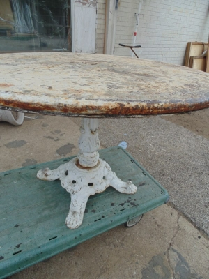 13D08151 ROUND METAL TABLE SHABBY CHIC (4).JPG