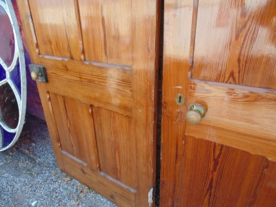 13E07001 ENGLISH PANELED PINE DOOR (4).JPG
