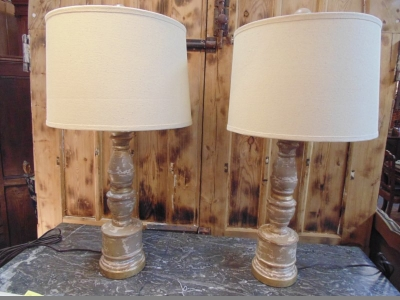 13E20500 PAIR TAUPE COLORED WOOD LAMPS (1).JPG