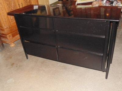 13F24652 Black Lacquer Dresser (7).JPG