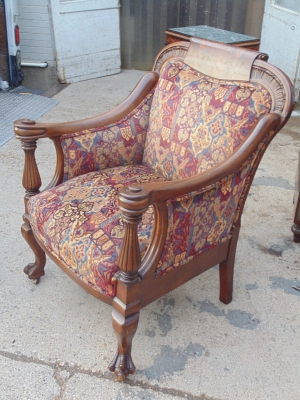 14B04013 CARVED ARM CHAIR (3)