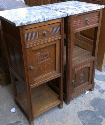 14E PAIR MARBLE TOP STANDS