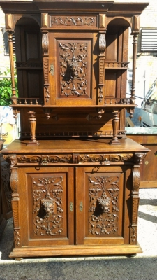 14E HUNT CABINETS PAIR