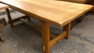 14E RUSTIC OAK DINING TABLE