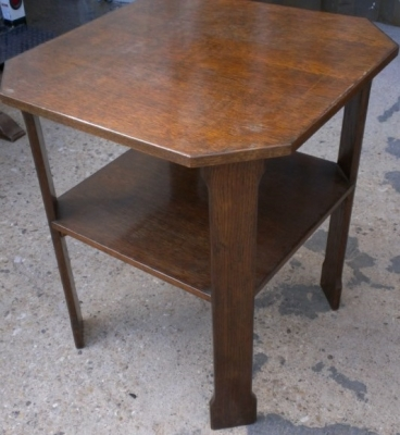 14E OCTAGON OAK TABLE