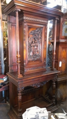 14E CARVED WALNUT FRENCH CABINET