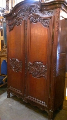 14F LARGE FRENCH WEDDING ARMOIRE 19TH CENTURY (5).jpg