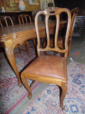 14B15008 SET OF 6 COUNTRY FRENCH CHAIRS (1)