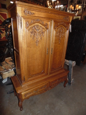 14B15010 MEDIUM CARVED COUNTRY FRENCH CABINET  (2)