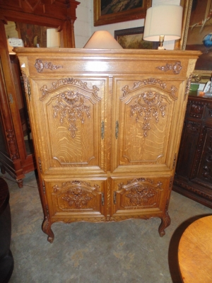 SOLD   14B15011 MEDIUM 4 DOOR COUNTRY FRENCH CABINET  (2)
