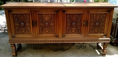 14F06019 SPANISH OAK WITH IRON TRESTLE BASE SIDEBOARD (1).jpg