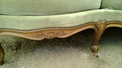 14F06025 LOUIS XV LOVESEAT (2).jpg