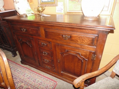 14B15014 RUSTIC FRENCH SIDEBOARD (1)