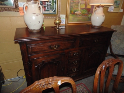 14B15014 RUSTIC FRENCH SIDEBOARD (2)