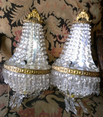 14f09300series pair prism sconces.jpg