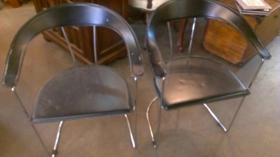 14F09304 PAIR MID CENTURY CHAIR FRAMES