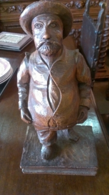 14F09588 CARVED FAT MAN STATUE