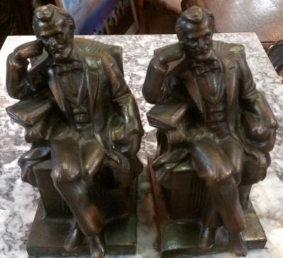 14F02122 PAIR ABRAHAM LINCOLN BOOK ENDS