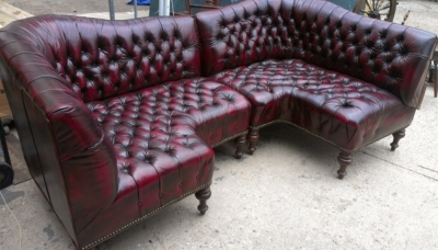 14f23601 Pair of chesterfield corner sofas not old