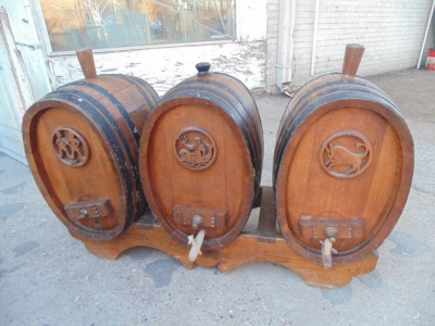 SOLD  14B15025 SET OF BARRELS FROM A WINE CELLAR (6)