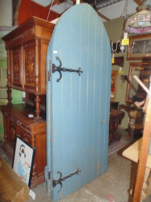 14B15027 PAIR OF BLUE PAINTED GOTHIC DOORS (2)