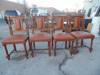 14B15035 SET OF 6 GOTHIC CHAIRS  (1)