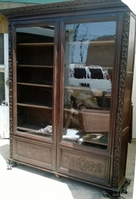 SOLD    Large bookcase 14g10