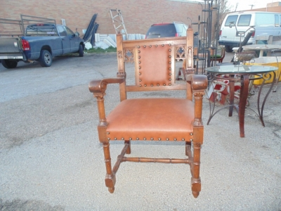 14B15035 SET OF 6 GOTHIC CHAIRS  (4)
