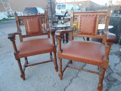 14B15035 SET OF 6 GOTHIC CHAIRS  (7)