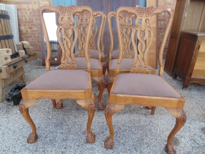 14B15042 SET OF 6 CHIPPENDALE CHAIRS  (2)