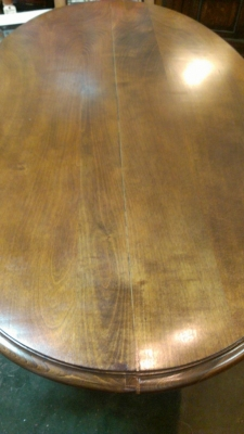 36 83901 large oval table with carved skirt (1).jpg