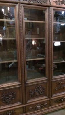 14G10 THREE DOOR CARVED BOOKCASE TURN OF THE CENTURY (3).jpg