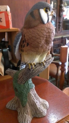 14G28 BIRD STATUE