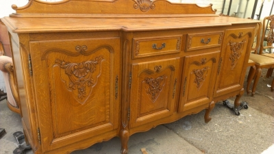 14G27 COUNTRY FRENCH OAK SIDEBOARD