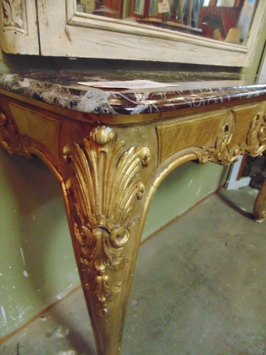 13F17207 GUILT FRENCH CONSOLE WITH MARBLE TOP (1).JPG