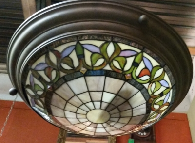 14G28566 STAINED GLASS LIGHT FIXTURE NOT ANCIENT