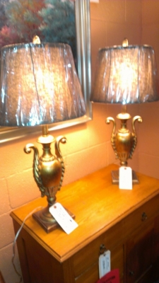 14E25018 PAIR LAMPS AND NICE SHADES $119.00 FOR THE PAIR!.jpg