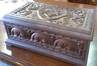 14H11 box carved.jpg