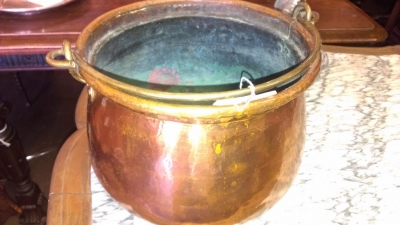 14H11 COPPER POT ONE OF TWO