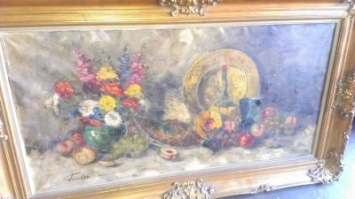 14H LARGE FLORAL STILL LIFE IN ANTIQUE FRAME