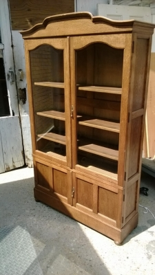 pair small scale bookcases oak