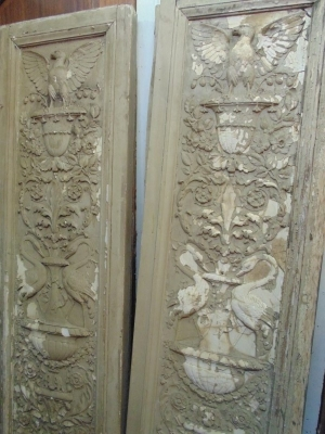 13L17016 SET OF 4 THEATRE CHAIRS WITH CHERUBS AND EAGLES  (3)