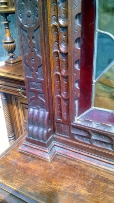 14I16050 NARROW MECHILLIN  STAINED GLASS CUPBOARD (8).jpg
