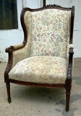 14I16051 LOUIS XVI CARVED WINGBACK CHAIR  (4).jpg
