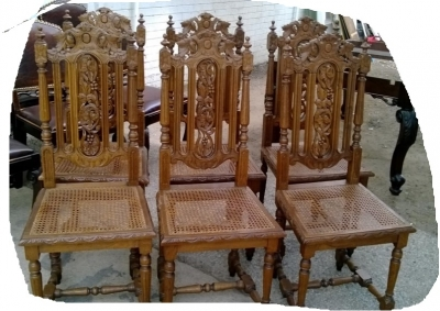 14I16052 SET OF 6 CANED SEAT FRENCH CHAIRS (1).jpg